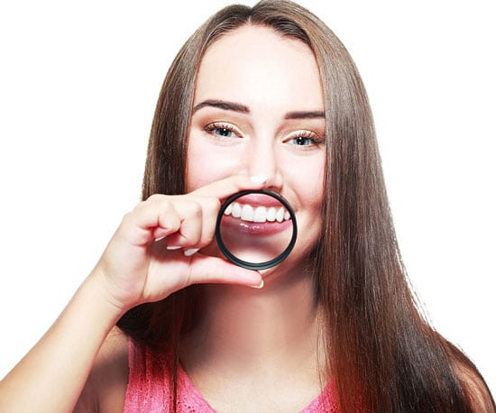 Teeth discoloration is a common issue. Get Zoom Teeth Whitening procedure at Azalea Dentistry in Bellevue,WA