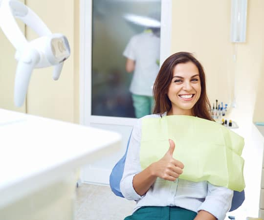 Get smile makeover from Bellevue Azalea Dentistry to conceal bad teeth.
